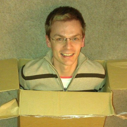 Eliot in a box 450x450px 60pc
